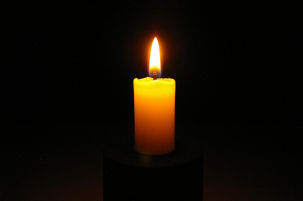 candle 2631921 1280