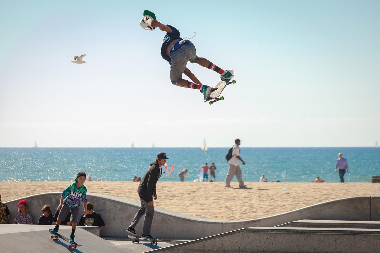 skateboard 690269 1280